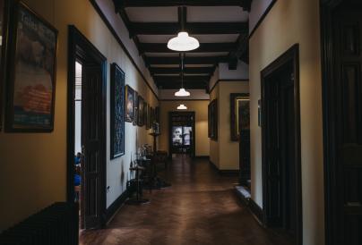 Wardown_museum corridor
