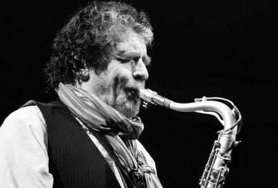 Picture of paul jolly play the saxaphone